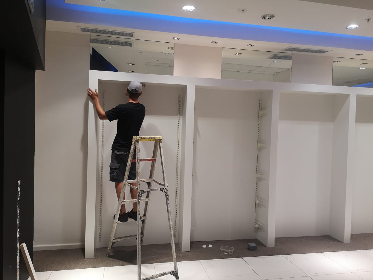 If you are unsure how and where to begin, feel free to contact us today, all our quotes are free. We have trained staff standing by to help you start your renovation project off on the right foot.